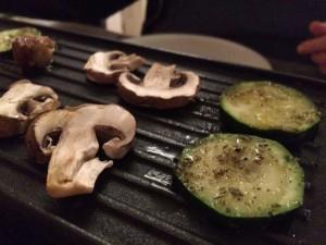 Gemüse auf der Platte - Raclette vegan