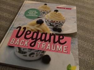 Vegane Backträume von Brigitte Bach