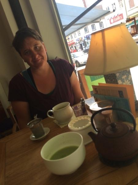 Tee im wunderschönen Teeladen