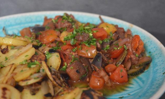 Ratatouille mit Bratkartoffeln