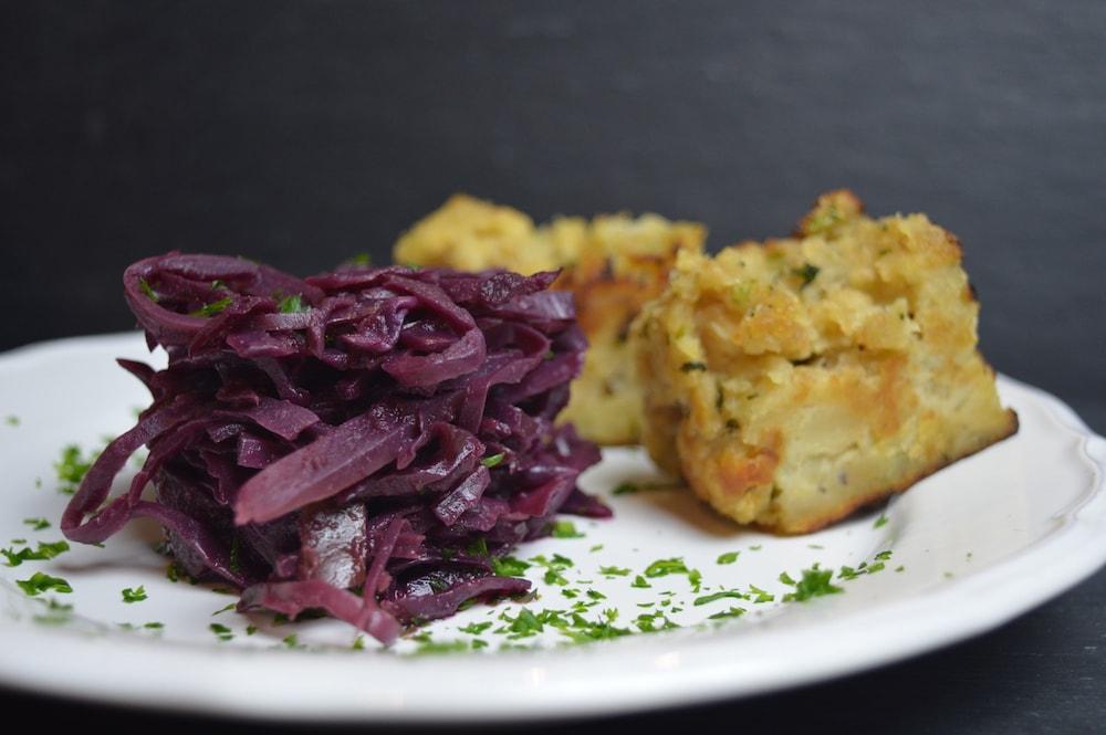 Semmelknödelscheiben – ein Hausmannskost-Klassiker in vegan